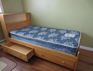 Twin Mate's Bed and Mattress