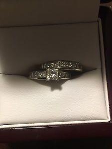 18K white gold engagement & wedding set