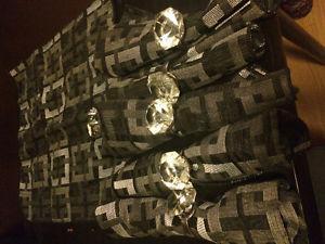 6 Dinning Clothes & Diamond Holders