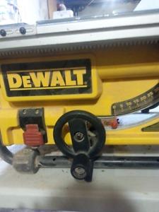 DEWALT TABLE SAW DWE745