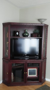 Entertainment Centre with matching coffee table & end tables