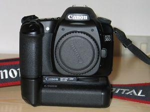 Canon 30D Professional DSLR Package