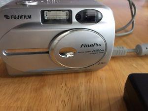 Fujifilm FinePix Zoom Camera
