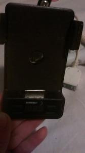 Ipod/iphone car accesories