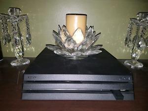 Playstation 4 Pro 4K+Extras+Warranty