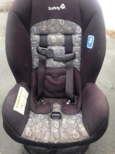 Safety 1st car seat - $40 If gone tonight !! Delivery