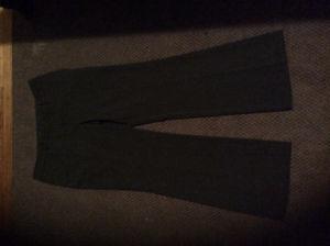 4 pairs ladies pants all like new