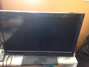 """5 year old tv, 32"""""""