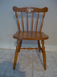 Chair (Maplewood)