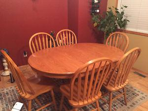 SOLID OAK Dining Set must sell !!