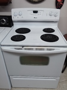 Amana Self Cleaning Stove with Warranty