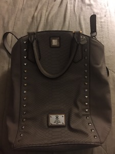 BRAND NEW GUESS PURSE WITH WALLET for $40!