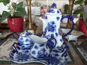 Beautiful Large 4 Piece Blue And White Porcelain Tea Service
