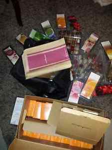 Gold Canyon distributor bag, scents, trial boxes gift bags