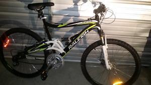 "Raleigh 26"" Men's Bike (like new)"