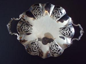 Silver candy/nut dish with 2 handles By W.M. Mount