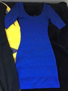 Size small 5 piece dress lot