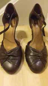 Spring brown shoes. New with tags. Size 7