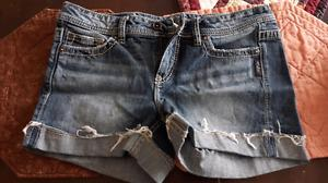 Wanted: Silver Jean shorts size 29