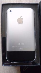Apple Iphone 2g 8gb First Generation (Unlocked) Smartphone