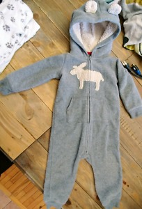Brand new and haddly used baby boys clothing