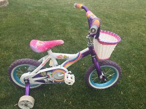 Girls Bike w/ training wheels