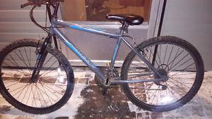 Huffy 18 speed mountain bike