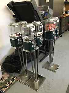 Selling 40 coin operated canady dispensers