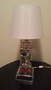 Table lamp with cars