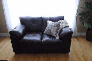 Very good condition loveseat and couch