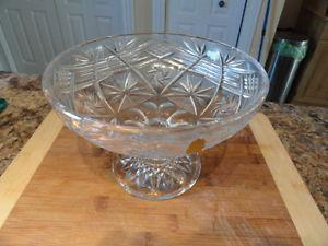 "Beautiful Pinwheel Crystal 10"" Bowl & 8"" Fruit Bowl"
