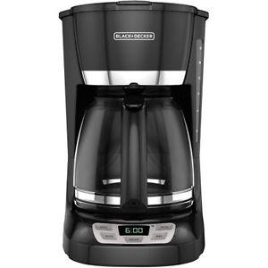 Black and Decker 12 cup coffee maker INCLUDES FREE FILTERS