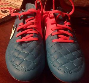 Brand NEW NIKE Tiempo Soccer Cleats All Leather