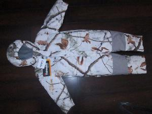Cabela's CAMO Toddlers' Snowsuit 3T Brand new with tags