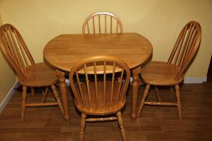Dual Drop Leaf Kitchen Table + 4 Windsor Chairs + Delivery!