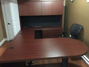 Executive Office Heavy Duty Desk New Condition