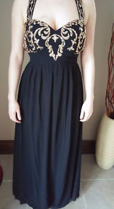FOR SALE NEW PROM DRESS