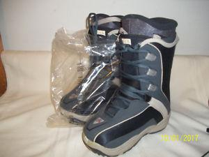 "Junior Snowboard Boots Size 2 & 3 (Four Pairs) ""NEW"""