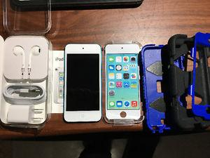 Like New Apple iPod touch (5th Gen 16G) and Case