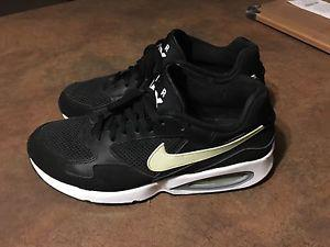 Nike Airmax men's running shoes size 10 like new