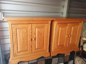 Quality Custom Made Solid Oak Bedroom Set of Night Tables
