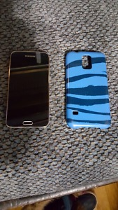 Samsung Galaxy s5 With Case