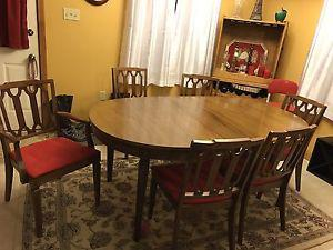 Antique table and chairs in excellent condition