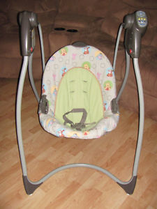 Graco Baby Swing, Disney Winnie the Pooh 6 speeds