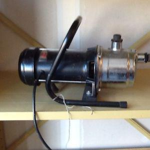 WAYNE SPRINKLER WATER PUMP