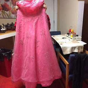Wanted: Pink prom dress