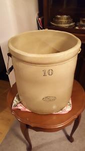 10 Gallon Crock Pot