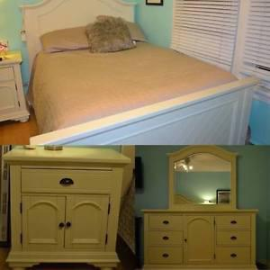 3 Piece Bedroom Set, Full/Double Size Bed