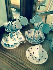China cups n saucers