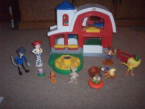 Fisher Price Little People Barn and misc